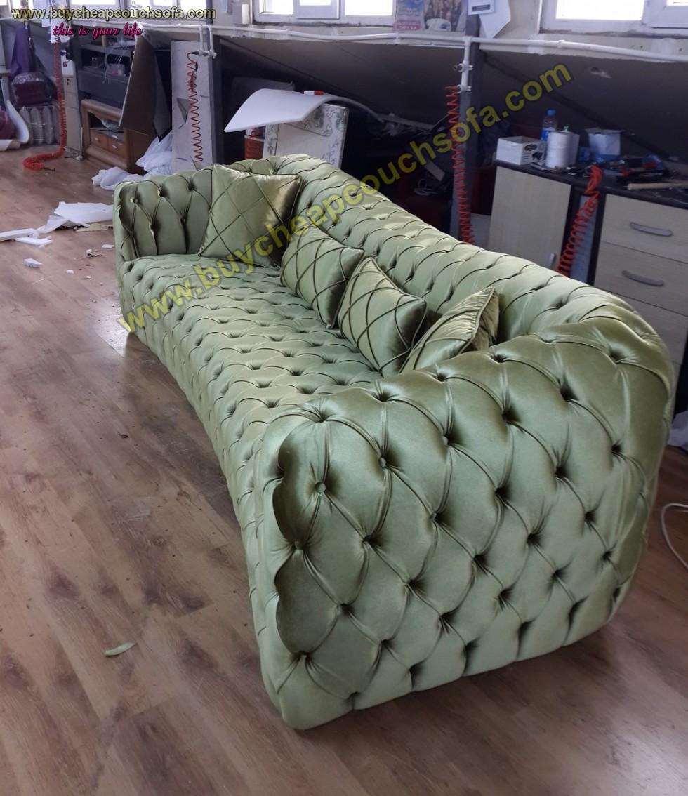 Kodu: 10250 - Luxury Chesterfield Sofa Green Velvet 4 Seater Curved Ultra Modern