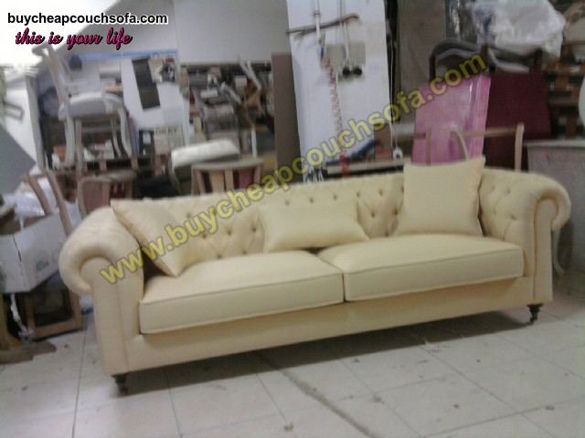 Luxury Cream Beige Velvet Chesterfield Sofa 3 Seater Rolled Arms