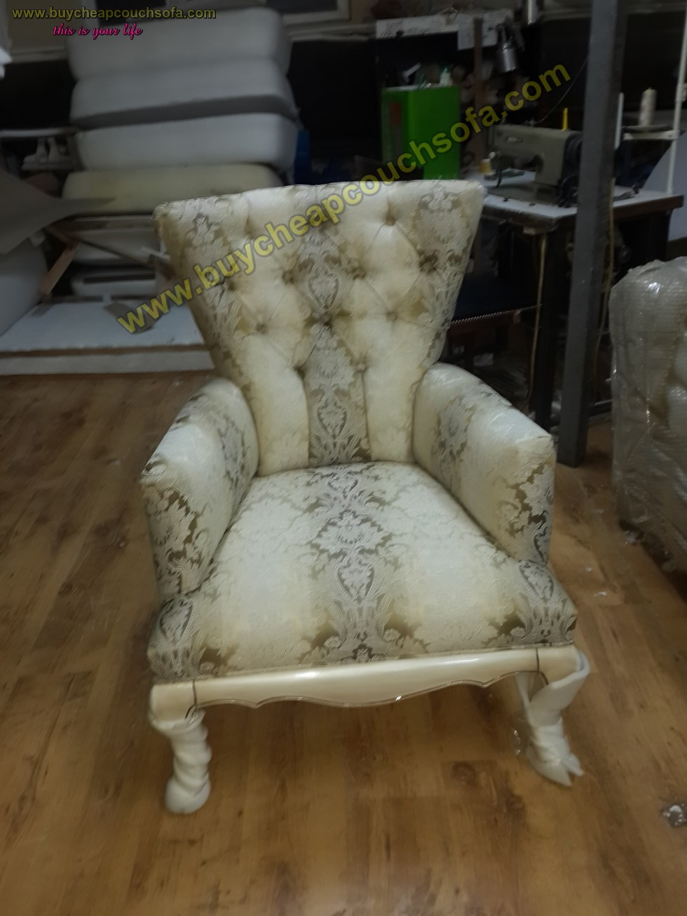 Kodu: 10226 - Luxury Wooden Armchair Carved Accent Chair