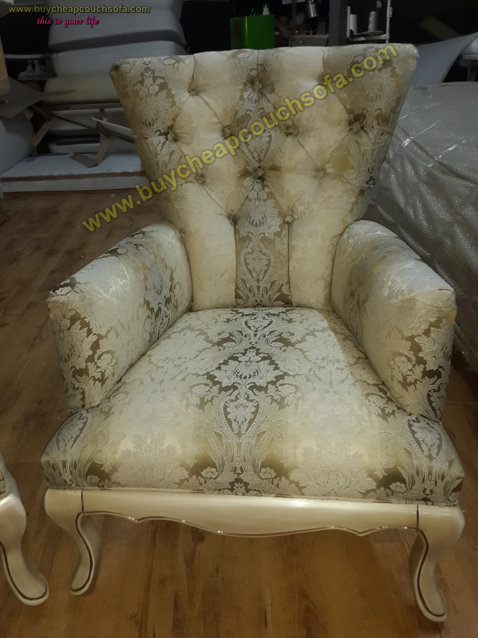 Kodu: 10227 - Luxury Wooden Armchair Carved Accent Chair