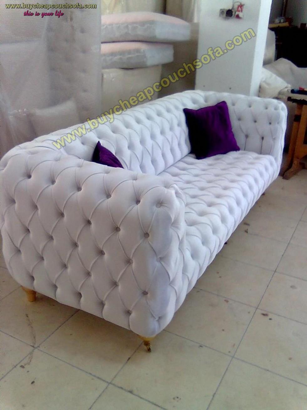 Kodu: 12392 - White Leather Modern Chesterfield Sofa Luxury Handmade Quilted Sofa